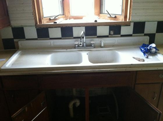Kitchen Sink and Bay Window