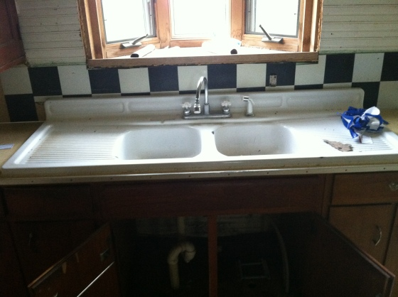 Kitchen Sink and Bay Window